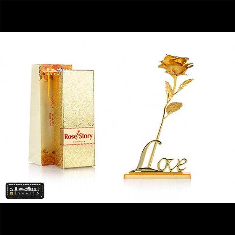 گل رز طلایی کادویی